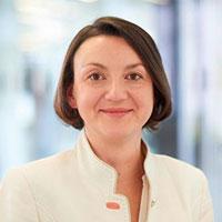 Dr. Anna Makles